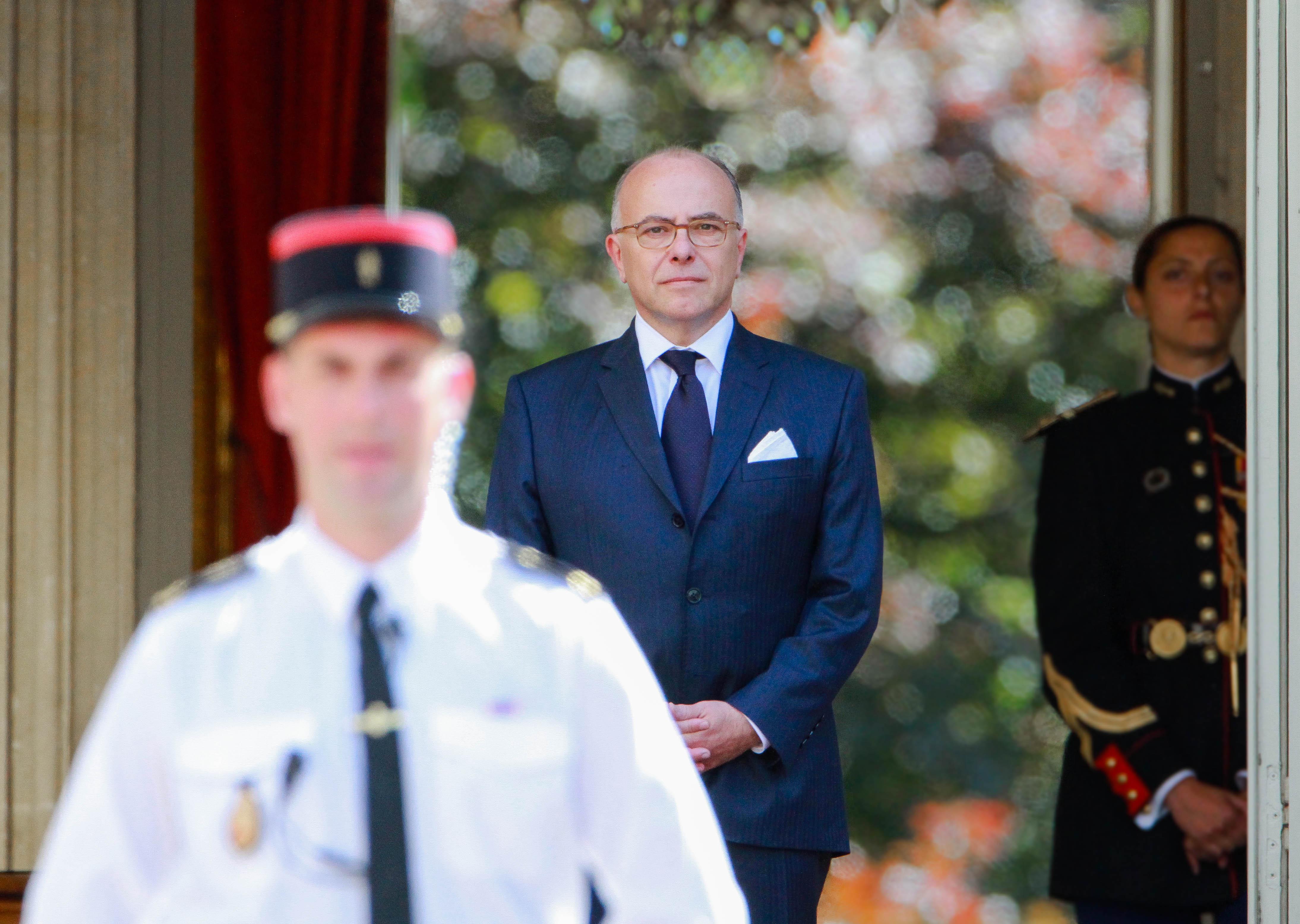 Bernard Cazeneuve lors de la passation de pouvoir avec Edouard Philippe, Paris - Mai 2017